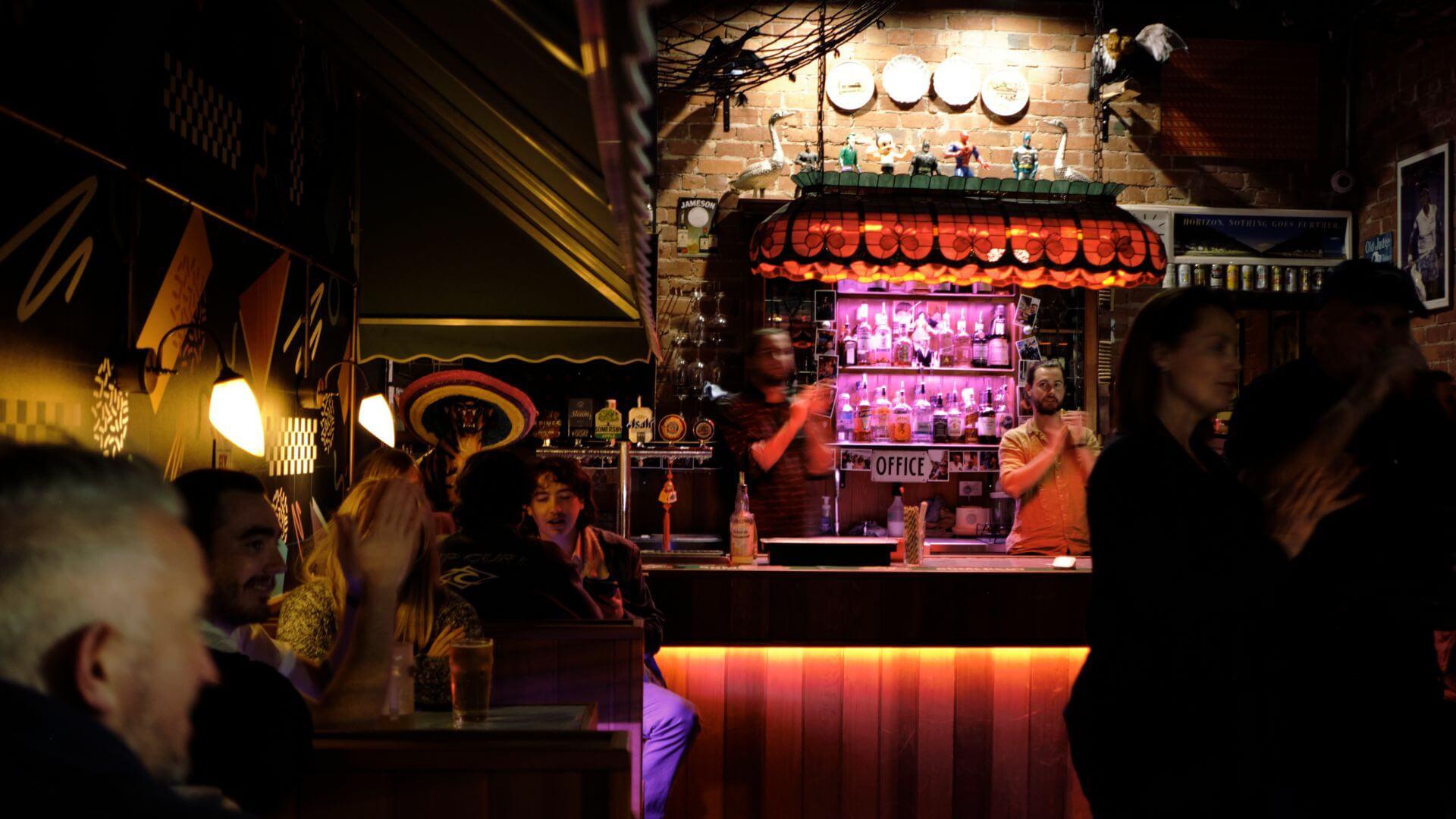 Bar in Kew